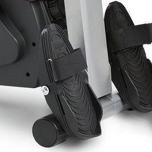 LifeSpan RW1000 - pivoting footrests